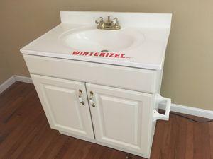 Gabinetes, gabinet sink, disposal, dishwasher for Sale in Kensington, MD