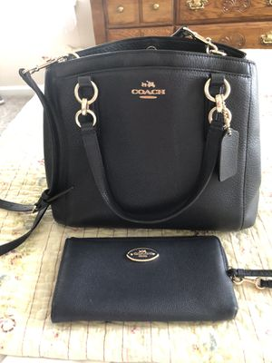 Photo Coach bag and wallet