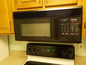 Panasonic microwave w hood for Sale in Arlington, VA