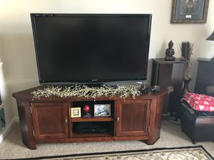 Tv stand for Sale in Ashburn, VA