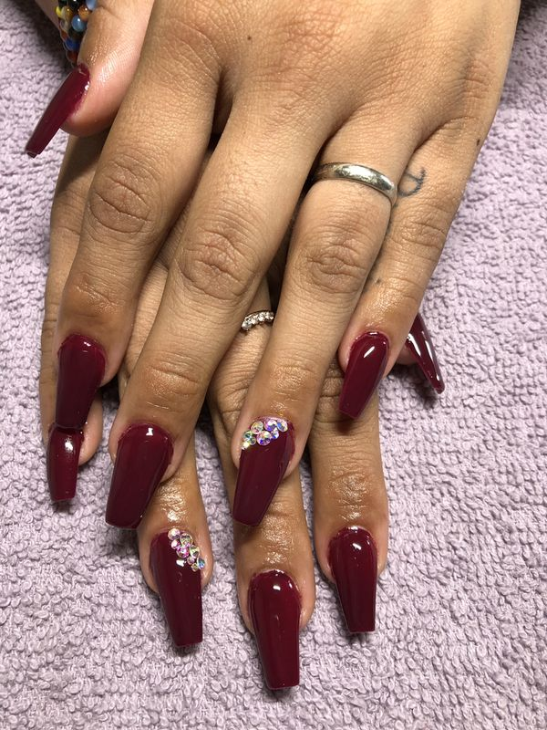 Acrylic nails for Sale in Anaheim, CA - OfferUp