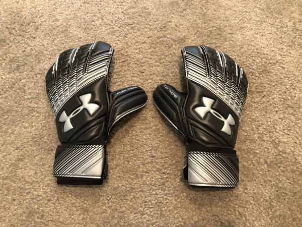 9c724a1089f2ab Under Armour Magnetico GK Gloves for Sale in Los Angeles, CA - OfferUp