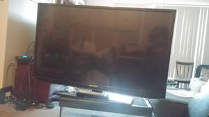 28 inch Samsung TV for Sale in Columbus, OH
