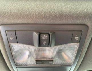 2011 Avalon  - CLEAN CARFAX Thumbnail