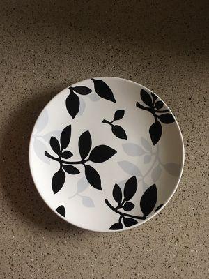 Plate Set - 4 for Sale in Dallas, TX