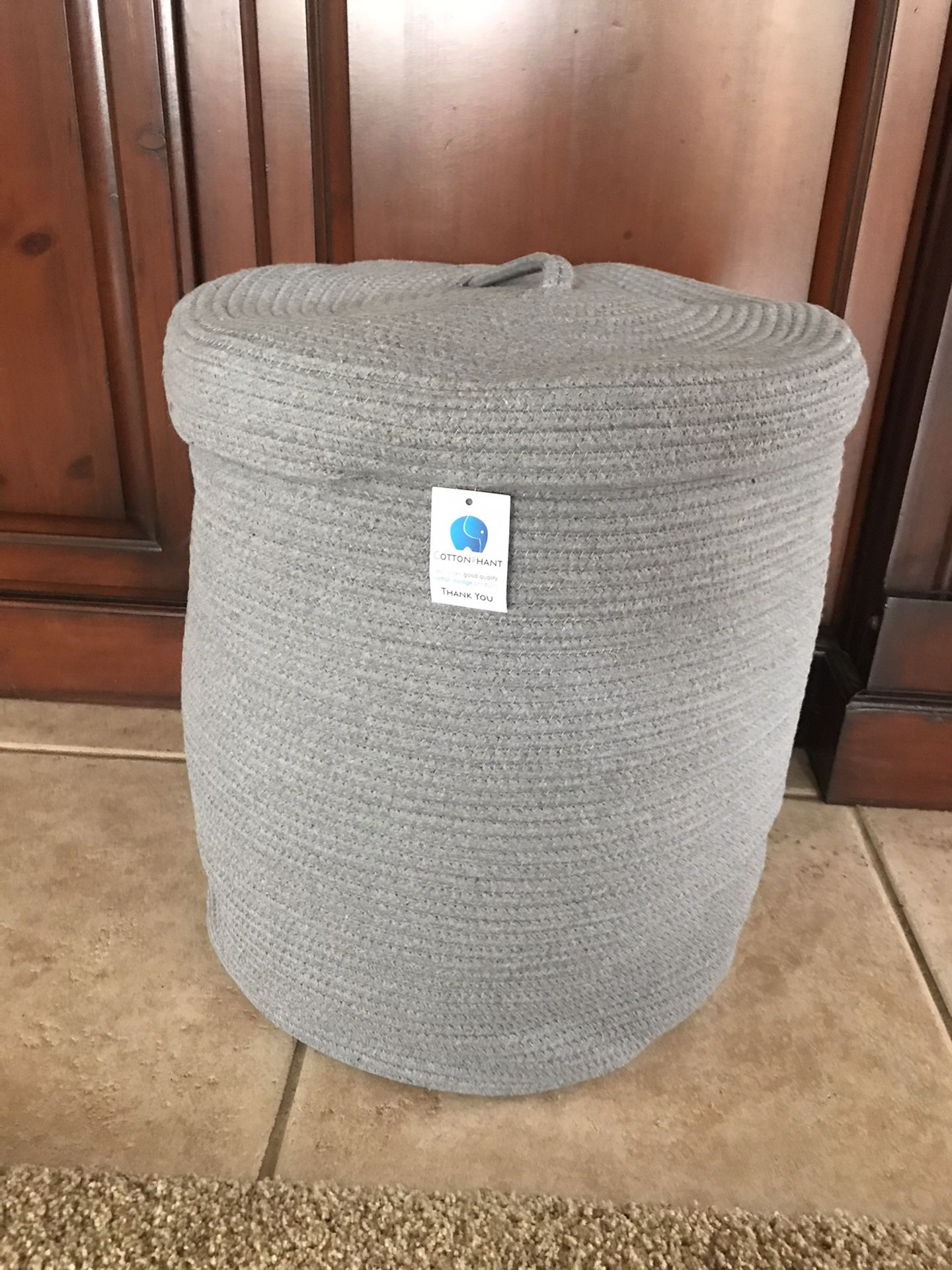 New w/tags Grey Large woven basket w/lid 19inHx16 Across