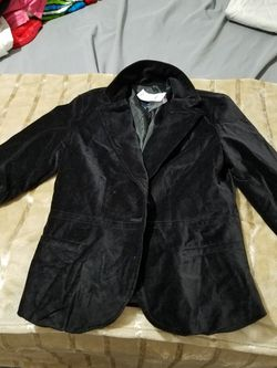 New!Black and Elegant Womans Blazer. Thumbnail