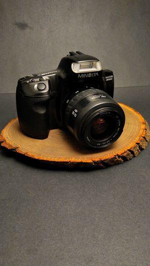 Photo Minolta Maxxum 300si SLR 35mm Film Camera