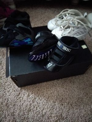 Jordan's and Foams for Sale in St. Louis, MO
