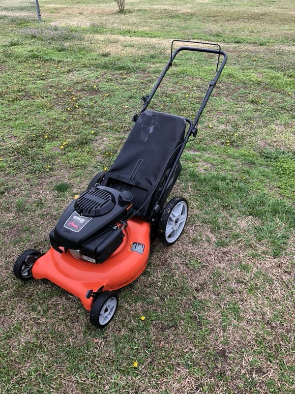 Ariens Courage XT-6 with Kohler Engine Mower (General) in Goldsboro ...