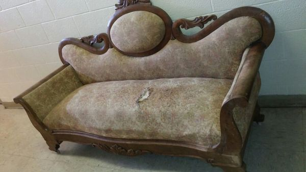 Antique Victorian Sofa For Upholstery For Sale In Norfolk Va Offerup