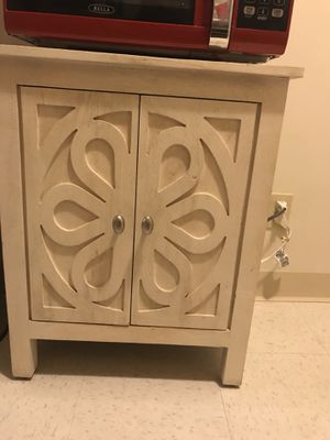 White Wooden Cabinet For In San Mateo Ca
