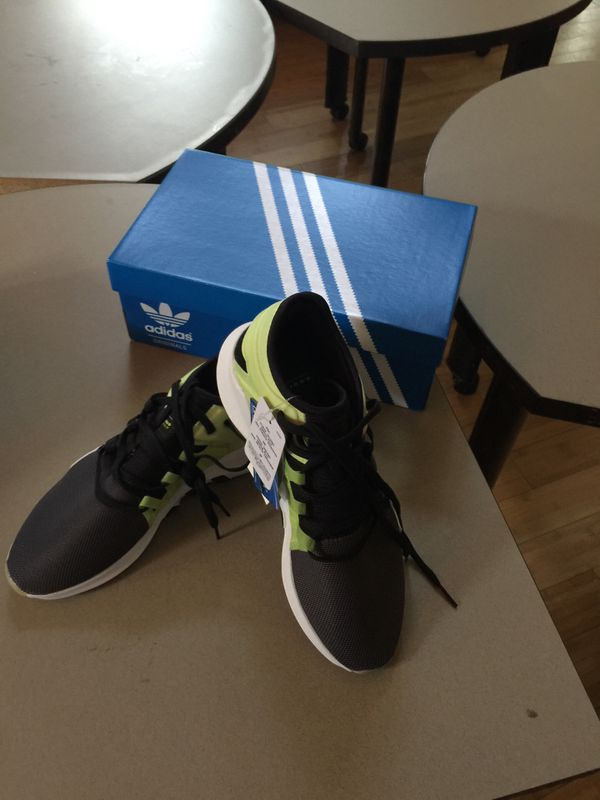 af0a9c150f Adidas women s tennis shoes. for Sale in Flower Mound