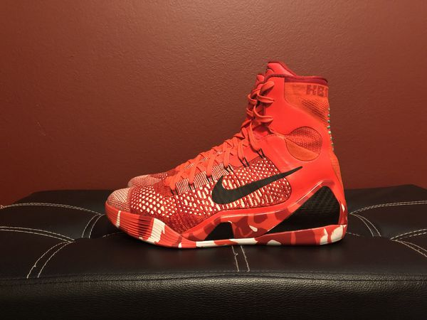 the latest dd6bc b34ab Nike Kobe 9 Christmas Size 10 for Sale in Highland, UT - OfferUp
