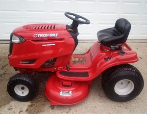 Photo Troybilt Pony Riding Lawn Mower