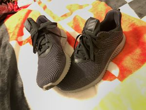 Adidas alphabounce women's 8 for Sale in Frederick, MD