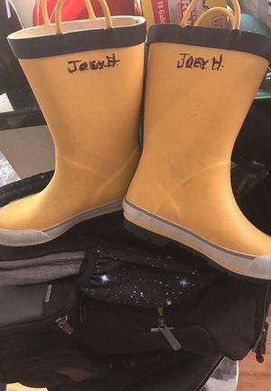 Size 2 boots for Sale in New York, NY