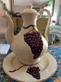 Set de jarron y platon de ramo de uvas Thumbnail