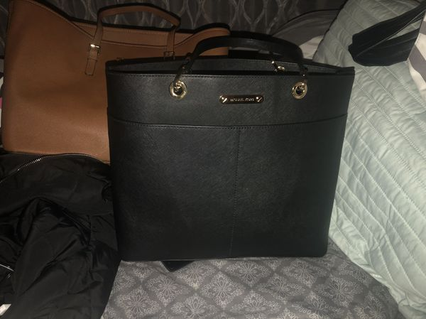 94e78568dcd7 BRAND NEW ALL BLACK MK PURSE (Jewelry   Accessories) in Daly City ...