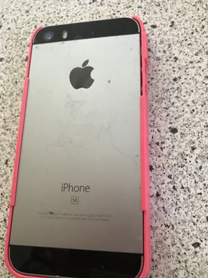 iPhone SE for sale - less than 1 yr old for Sale in Upper Marlboro, MD