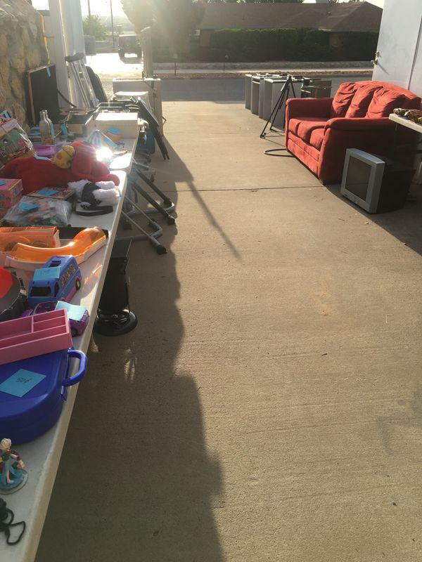 Garage sale for Sale in El Paso, TX - OfferUp on used items sale, store sale, basement sale, tv sale, carport sale, zumo sale, apartment sale, livestock sale, barn sale, junk sale, car sale, warehouse sale, bake sale, land sale, boat sale, grage sale, one day sale, fashion sale, crazy sale, street sale,