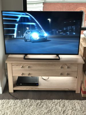 """Panasonic 50"""" Smart LED LCD TV for Sale in Chicago, IL"""