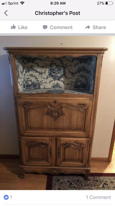 Absolutely gorgeous antique French style desk (Antiques) in Albany, NY -  OfferUp - Absolutely Gorgeous Antique French Style Desk (Antiques) In Albany