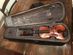 Violins 1/4 and 1/2 sizes for Sale in Winter Garden, FL