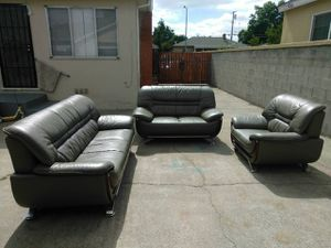 Sofa and loveseat and chair for Sale in Sacramento, CA