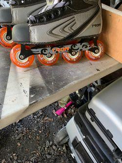 Tron roller hockey skates size 10 1/2 Thumbnail