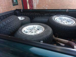 Tires 235/75/R15 for Sale in Detroit, MI
