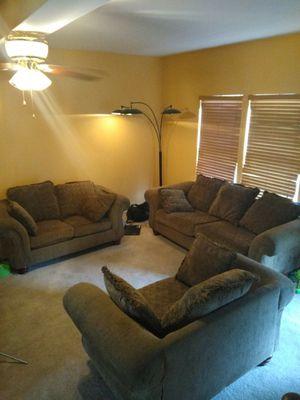 Living room set for Sale in Centreville, VA