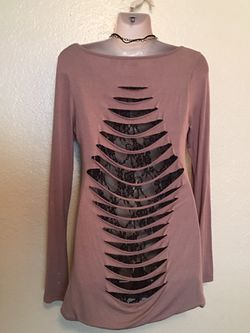 Brown small long sleeve top with slits and black lace on back Thumbnail