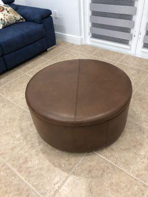 Round Coffee Table Storage Ottoman for Sale in Miami, FL