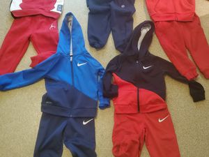 Photo 3T TODDLER NIKE, POLO, CHAMPION, JORDAN SWEATSUITS