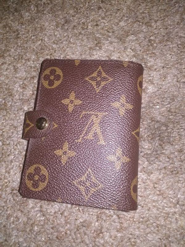 21dcbc7cb0e8 Real Louis Vuitton men s wallet for Sale in San Jose