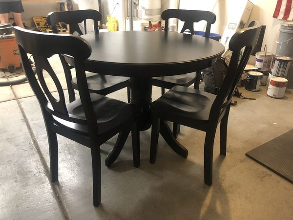 Black circle dining table with chairs for Sale in Las ...