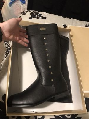 Girls Michael Kors Boots for Sale in Pasadena, MD