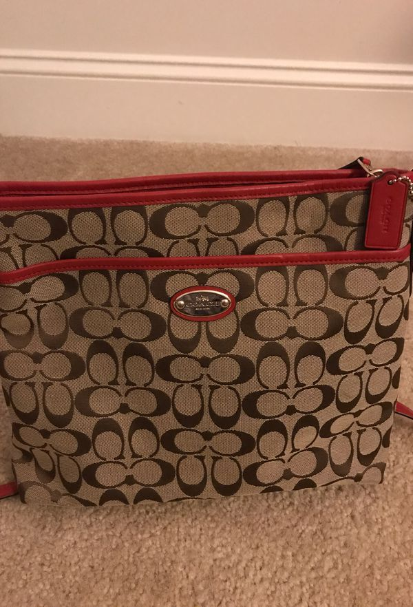 46b0fa78c Authentic, Light brown, gently used Coach purse. Great condition ...