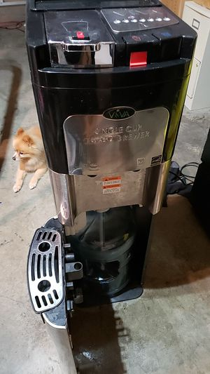 VIVA SINGLE CUP COFFEE MAKER AND WATER COOLER for Sale in Lacey, WA