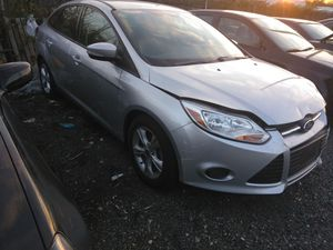 2014 Ford Focus no mechanical issue only 44k miles very reliable for Sale in Washington, DC