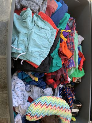 Photo New/Lightly used Kids clothes and more