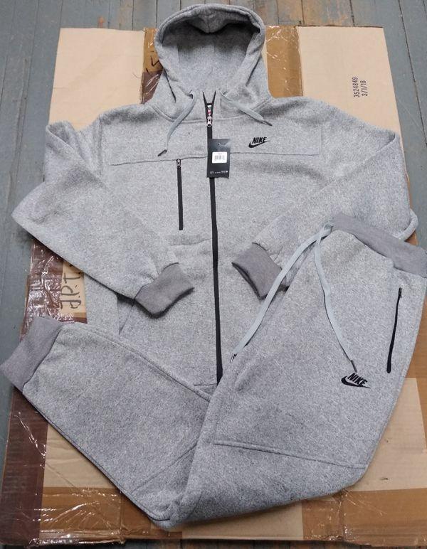 8f8da8b77ee8 Nike Sweatsuits(Grey or Blk) for Sale in Glenarden