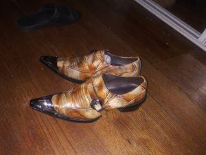 Zapatos para hombre size 10 recogerlos solo cash for Sale in Clarksburg, MD