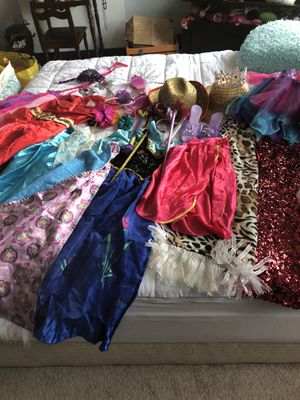 Dress up clothes 3-6 years for Sale in Pittsburgh, PA