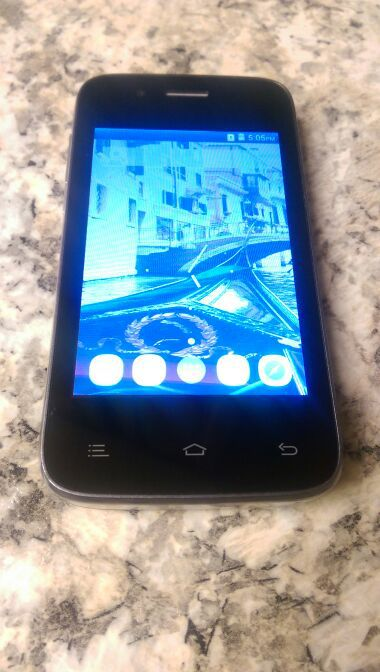 UMX V351 Unlocked Android Phone for Sale in Hemet, CA - OfferUp