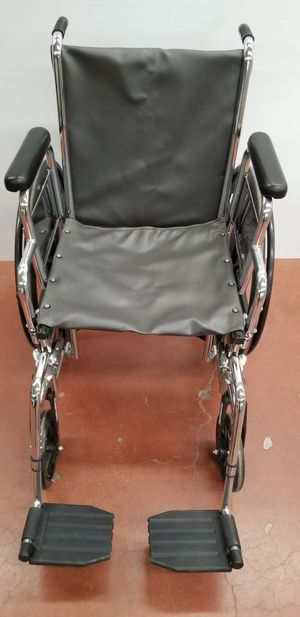 Wheelchair with new upholstery, swing away leg rests for Sale in Portland, OR