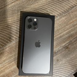 iPhone 12 Pro Graphite 256 GB (Unlocked) Thumbnail