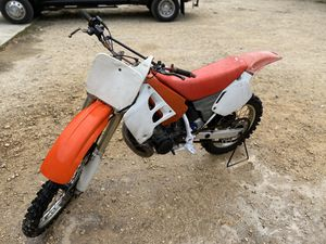 Photo 1991 Honda CR250R dirt bike