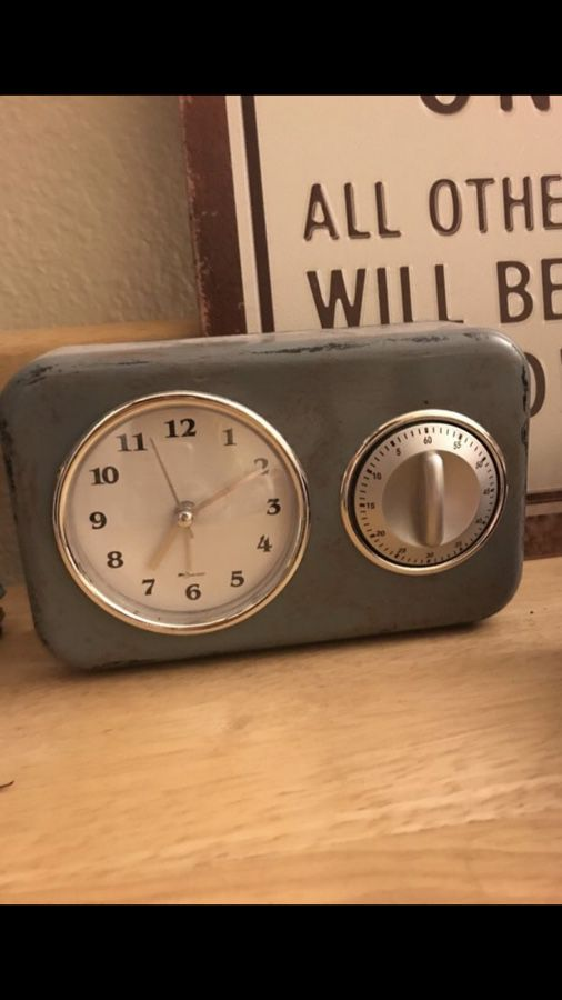 Urban Outfitters Vintage Looking Alarm Clock For Sale In San Diego